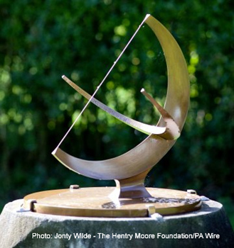 nass_news_2012_july_moore_sundial