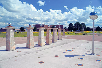 nass_news_2013_oct_VLA-Sundial
