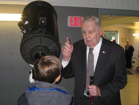 Charles Olin describes telescopes at the new Roll-Top Observatory